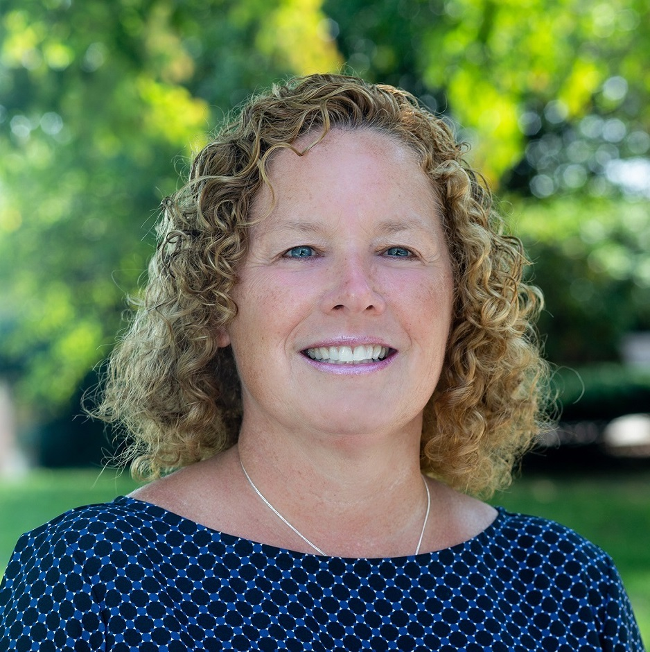 Kathy Muhr Headshot